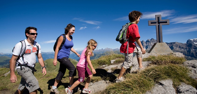 Family walking Morzine